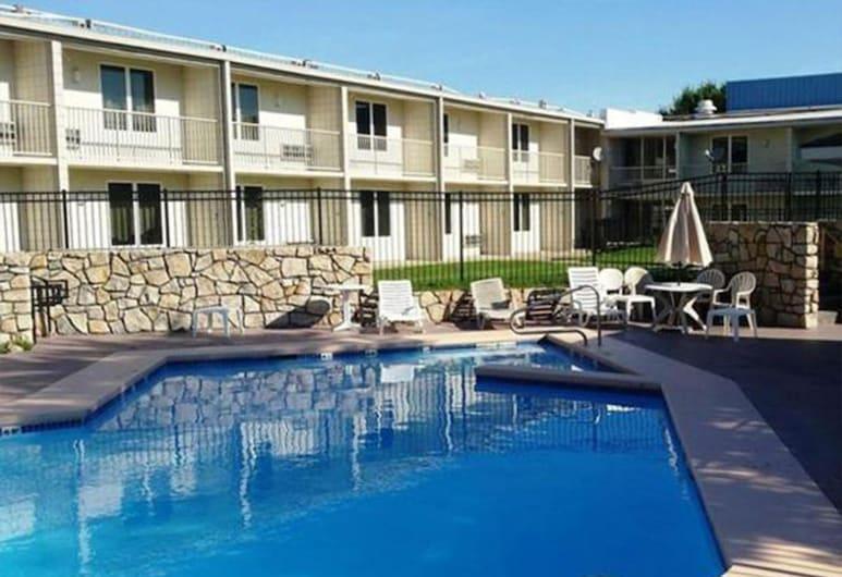 Red Lion Inn & Suites Kansas City Independence, Independence, Açık Yüzme Havuzu