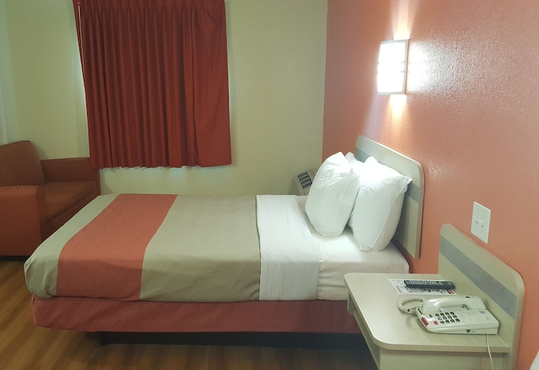 SureStay Plus Hotel by Best Western Niagara Falls East, Niagara Falls, Room, Multiple Beds, Non Smoking, Guest Room