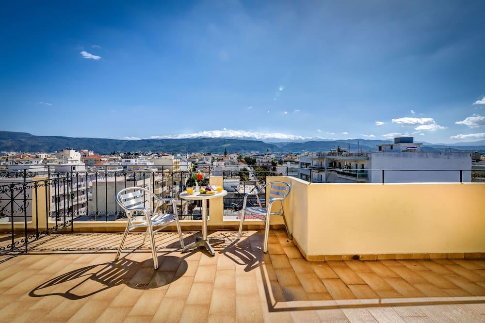 Superior Room - City View