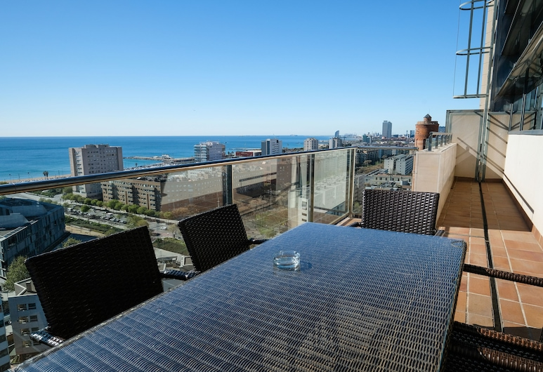 Rent Top Apartments Beach-Diagonal Mar, Barcelona, Penthouse, 4 Schlafzimmer, Terrasse/Patio