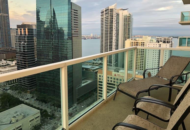 Churchill Suites Miami Brickell, Miami, Lägenhet Deluxe - 3 sovrum - balkong - utsikt mot staden, Rum