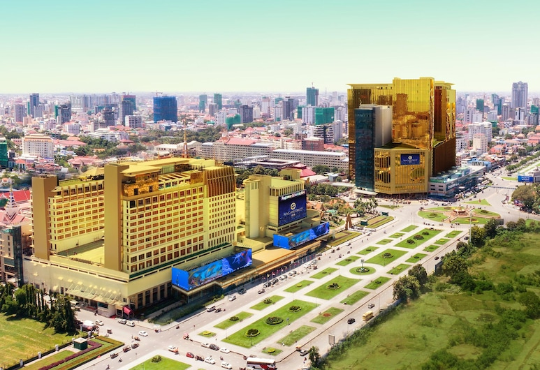 NagaWorld Hotel & Entertainment Complex, Phnom Penh