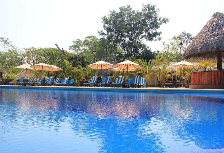 Hotel Villa Mercedes Palenque, Паленке, Открытый бассейн