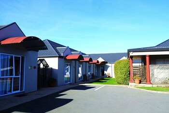 Picture of Airport Birches Motel in Christchurch