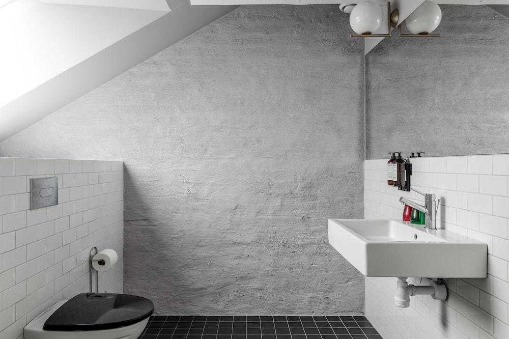 The Attic Suite - Baño