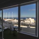 Pusluksusa studijas tipa numurs, viena guļamistaba, balkons, skats uz okeānu - Balkons