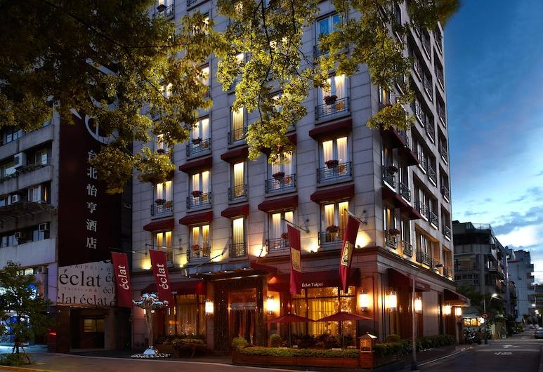 台北怡亨酒店, 台北市, 飯店入口 - 夜景