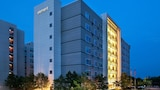 Choose This Business Hotel in Hanover -  - Online Room Reservations
