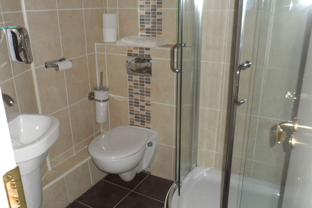 Habitación estándar con 1 cama doble o 2 individuales - Baño