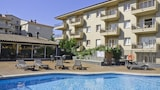 Choose this Apartment in Torroella de Montgri - Online Room Reservations