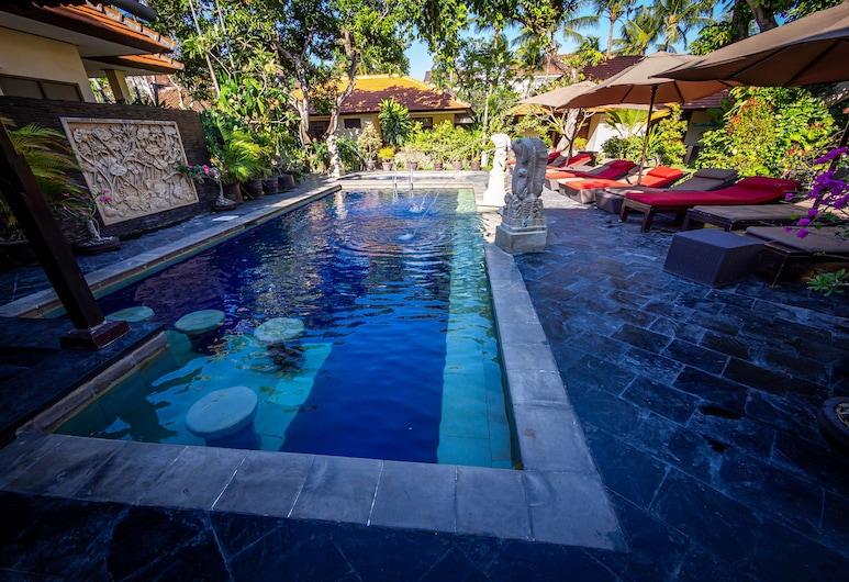 約里亞庫塔海灘旅館, 庫塔, 室外泳池