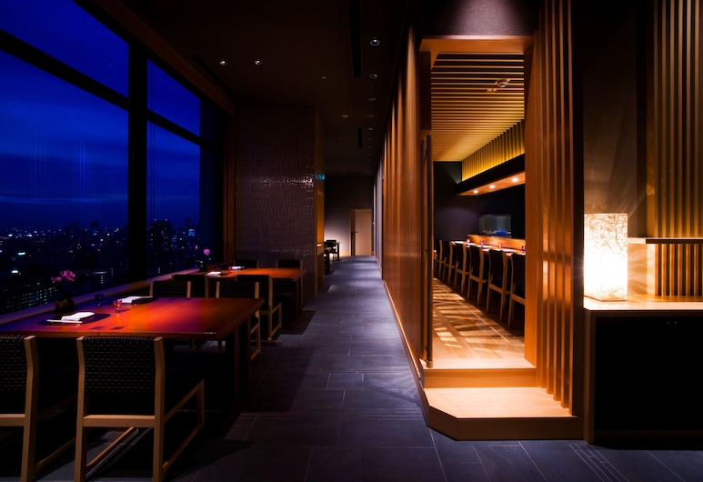 Hotel Monterey Grasmere Osaka, Осака, Ресторан