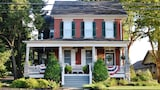 Reserve this hotel in Gordonville, Pennsylvania