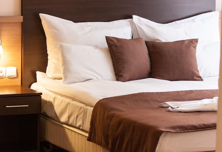 Central Hotel 21, Budapešť, Dvojlôžková izba typu Deluxe, 1 dvojlôžko, Hosťovská izba