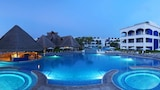 Choose This Five Star Hotel In Puerto Aventuras