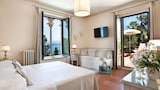 Book this Parking available Hotel in Taormina