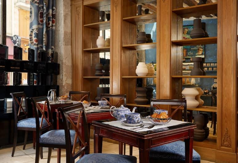 Hotel Saint Germain, Paříž, Snídaňová místnost