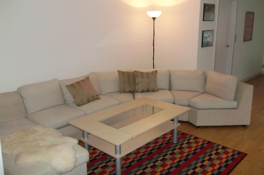 Lejlighed - 4 soveværelser - køkken (Eksklusiv linned) - Stue