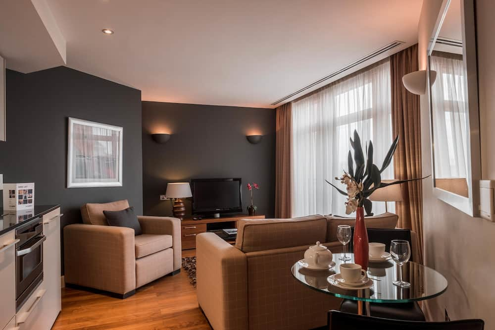 Superior Apartment with Balcony - Living Room