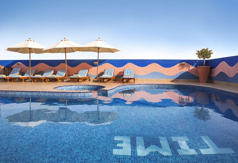 TIME Topaz Hotel Apartments, Dubai, Pool auf dem Dach