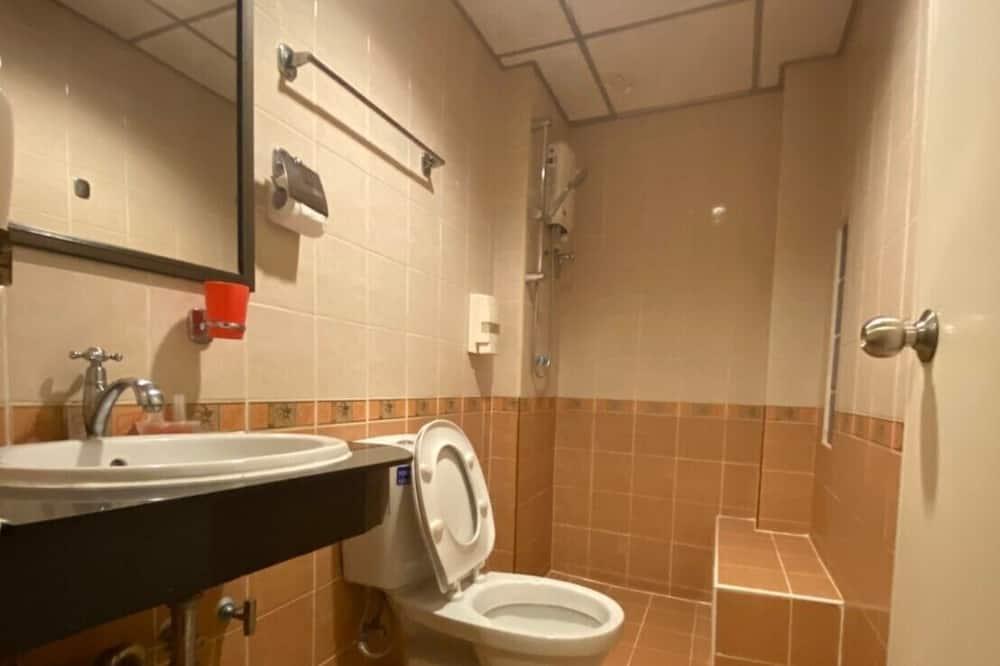 Deluxe Twin Room, 1 Bedroom - Bathroom