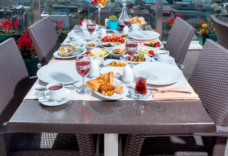 Ferman Hotel, Istanbul, Terrasse/veranda