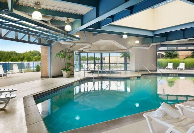 康瑟爾布拉夫斯美國明星賭場飯店, 康索布魯夫斯, 室內游泳池