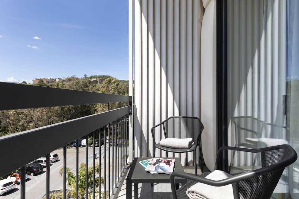 Dvojlôžková izba, terasa - Výhľad na vodnú plochu