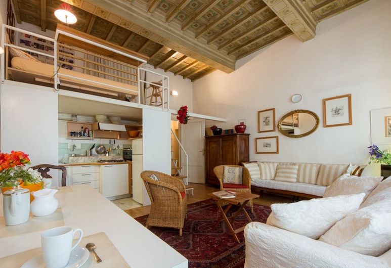 In centro - Massimo, Florence, Apartment (Massimo), Living Area