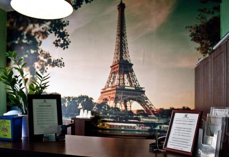 Hotel Cambrai, Paris, Réception