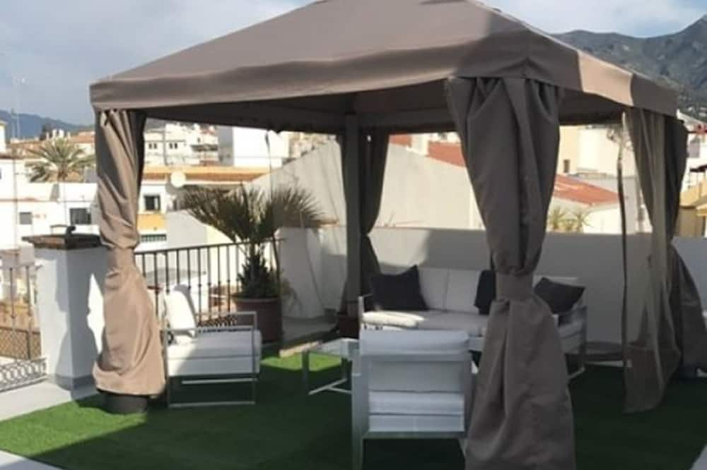 Family Penthouse, 2 Bedrooms, Kitchenette, Tower (5 pax) - Terrace/Patio