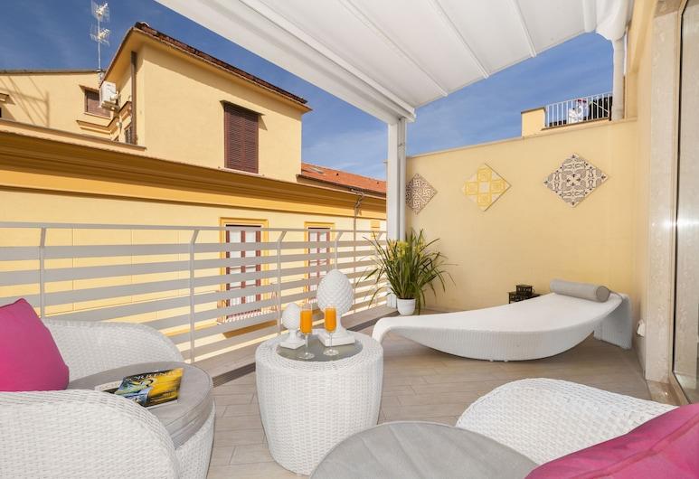 Tasso Suites, Sorrent, Deluxe-Doppelzimmer, Terrasse, Zimmer