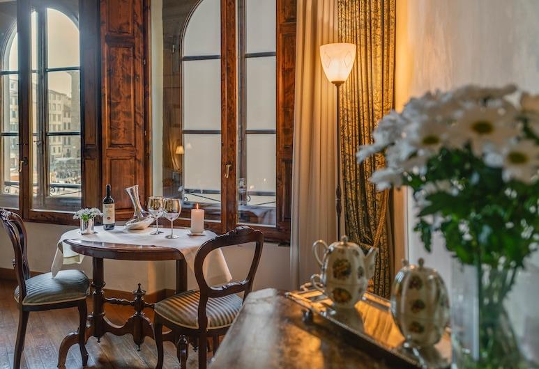 In Piazza della Signoria - Residenza d'Epoca, Florence, Deluxe Double Room, View, Guest Room
