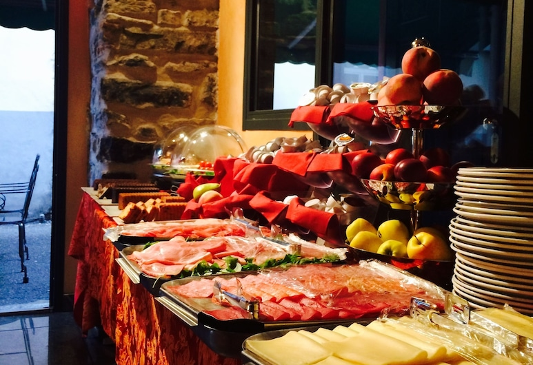 In Riva al Lago, Como, Bar de l'hôtel