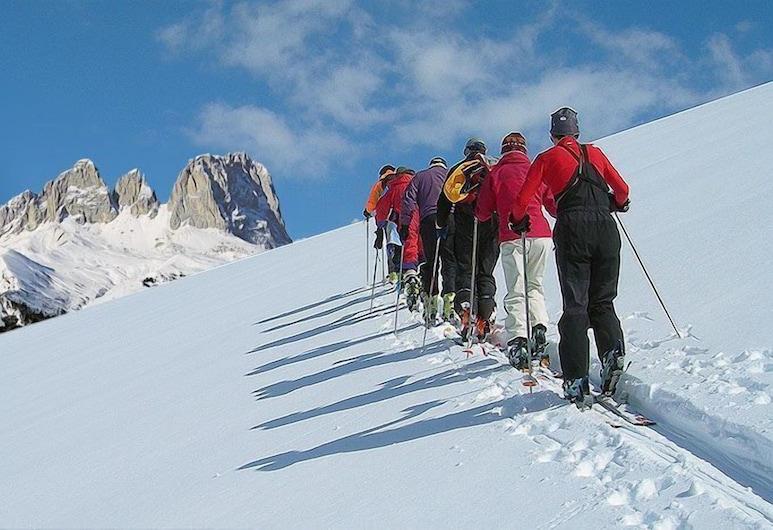 Dolomites Inn, Canazei, Deportes de invierno