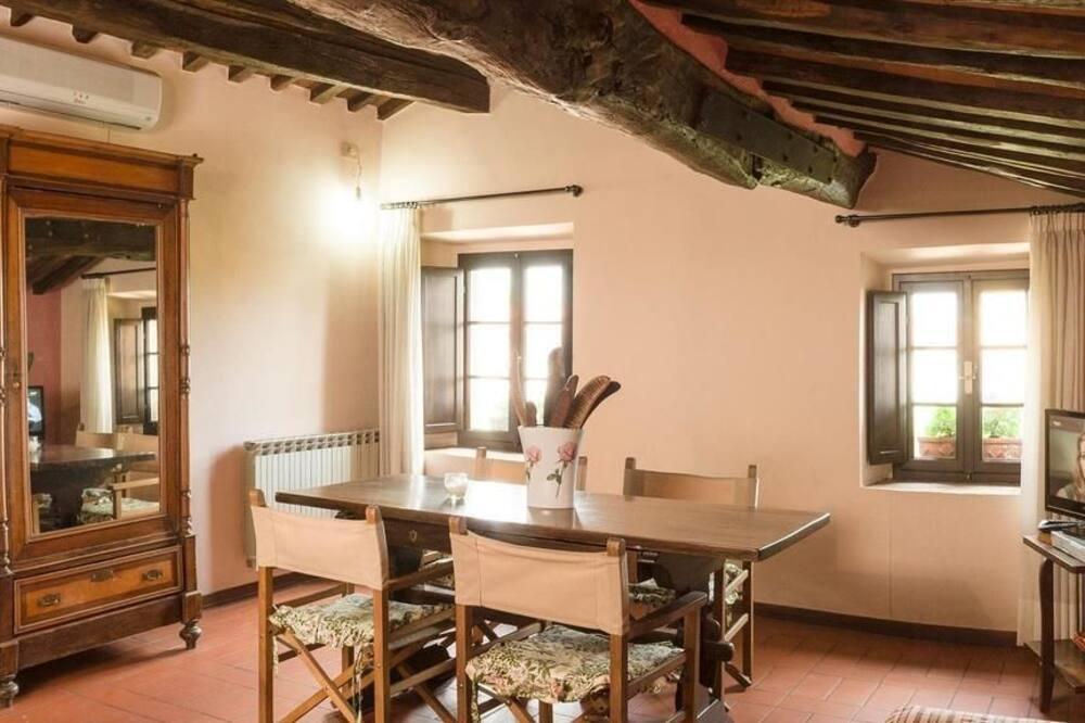 Apartment, 2 Bedrooms (Lavinia) - Living Area