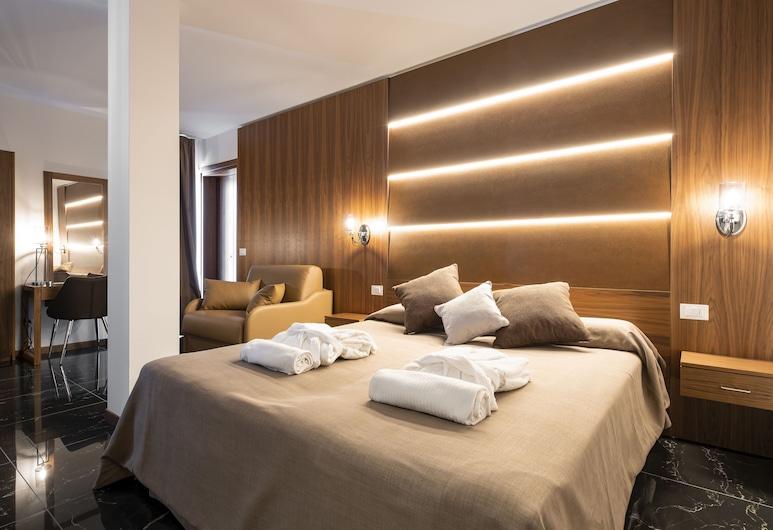 Hotel Mare, Lignano Sabbiadoro, Deluxe-Suite, 1King-Bett, Terrasse, Turm, Zimmer
