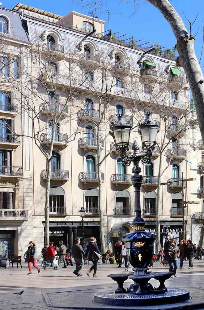 Hotel continental barcelona em barcelona for Hoteis em barcelona