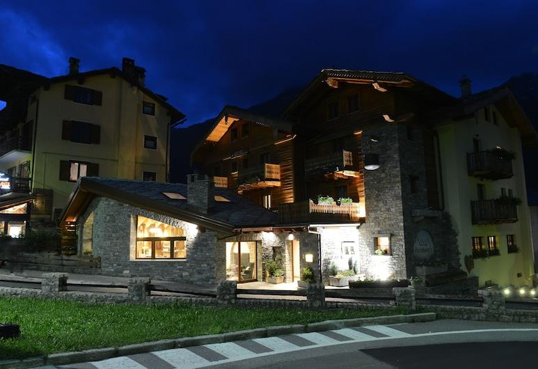 Maison Saint Jean, Courmayeur, Fachada del hotel