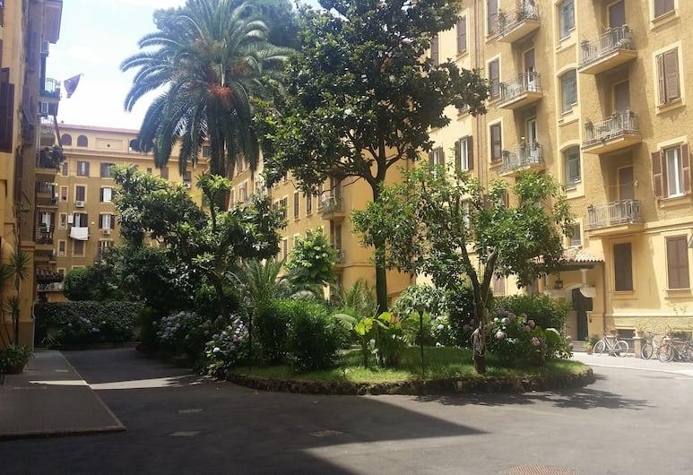 Fiocca, Rom, Enkeltværelse - 1 enkeltseng, Gårdsplads