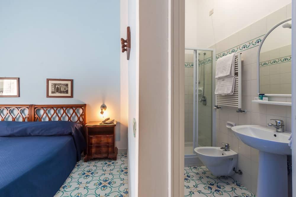 Класичний номер (1 двоспальне або 2 односпальних ліжка) - Ванна кімната