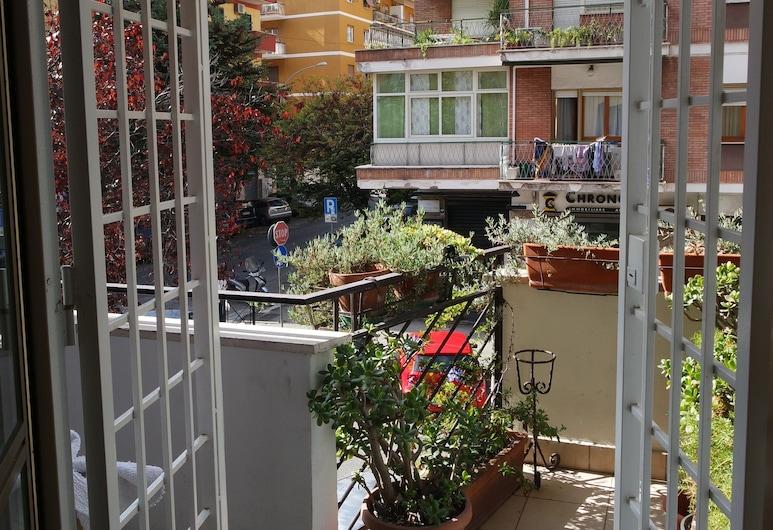 康多特艾麗民宿, 羅馬, 標準客房, 2 張單人床, 私人浴室, 露台