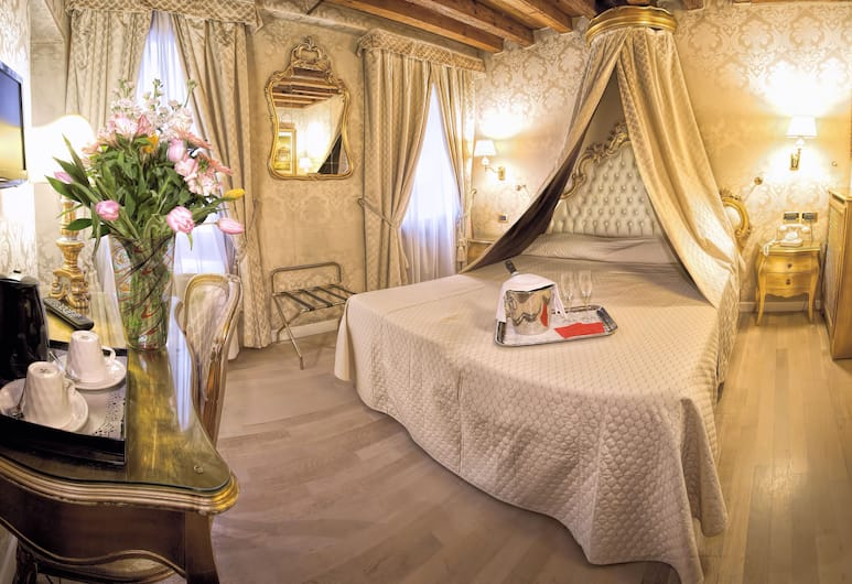 Hotel Noemi, Venēcija