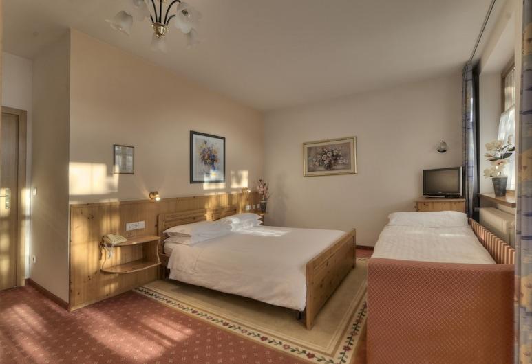 麗城沃德海姆飯店, 布列瑟農
