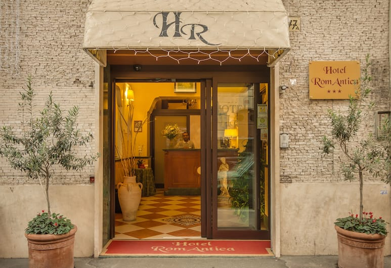 Hotel Romantica, Rome, Hotel Front