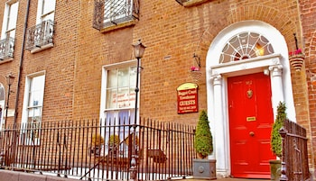 Picture of Baggot Court Townhouse in Dublin