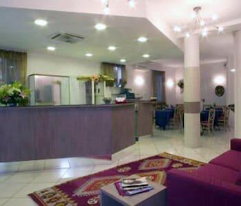 在博洛尼亚的吉亚德内托酒店照片