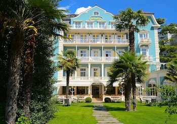 Picture of Hotel Bavaria in Merano