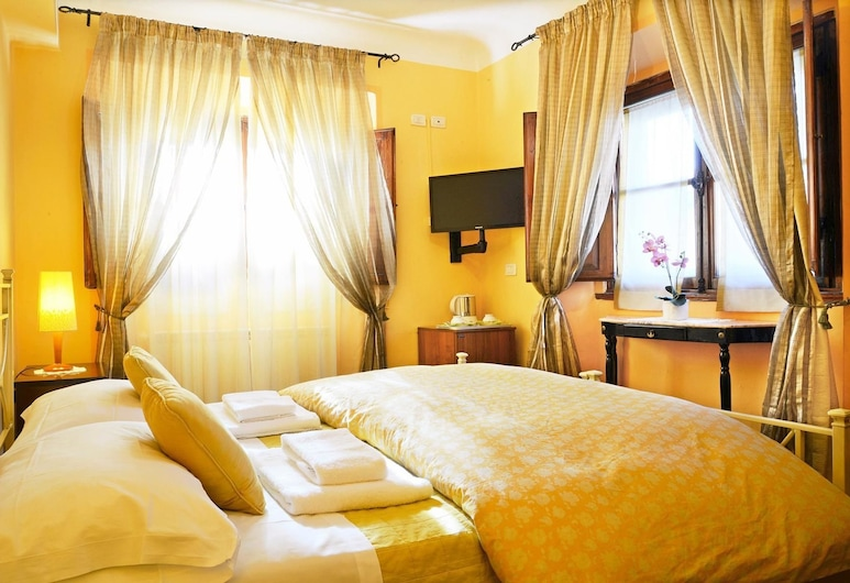 Sani Tourist House, Florence, Twin Room, Guest Room