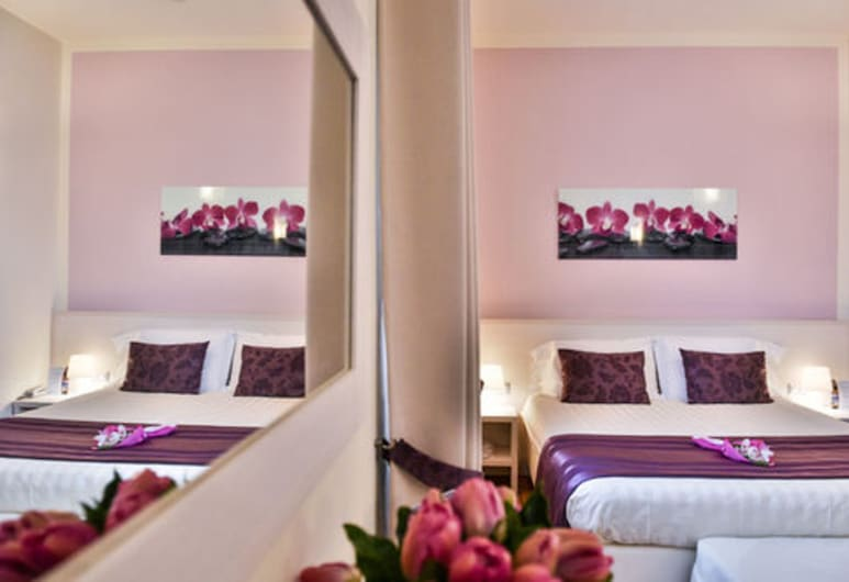 Hotel Bella Firenze, Florence, Triple Room, Guest Room